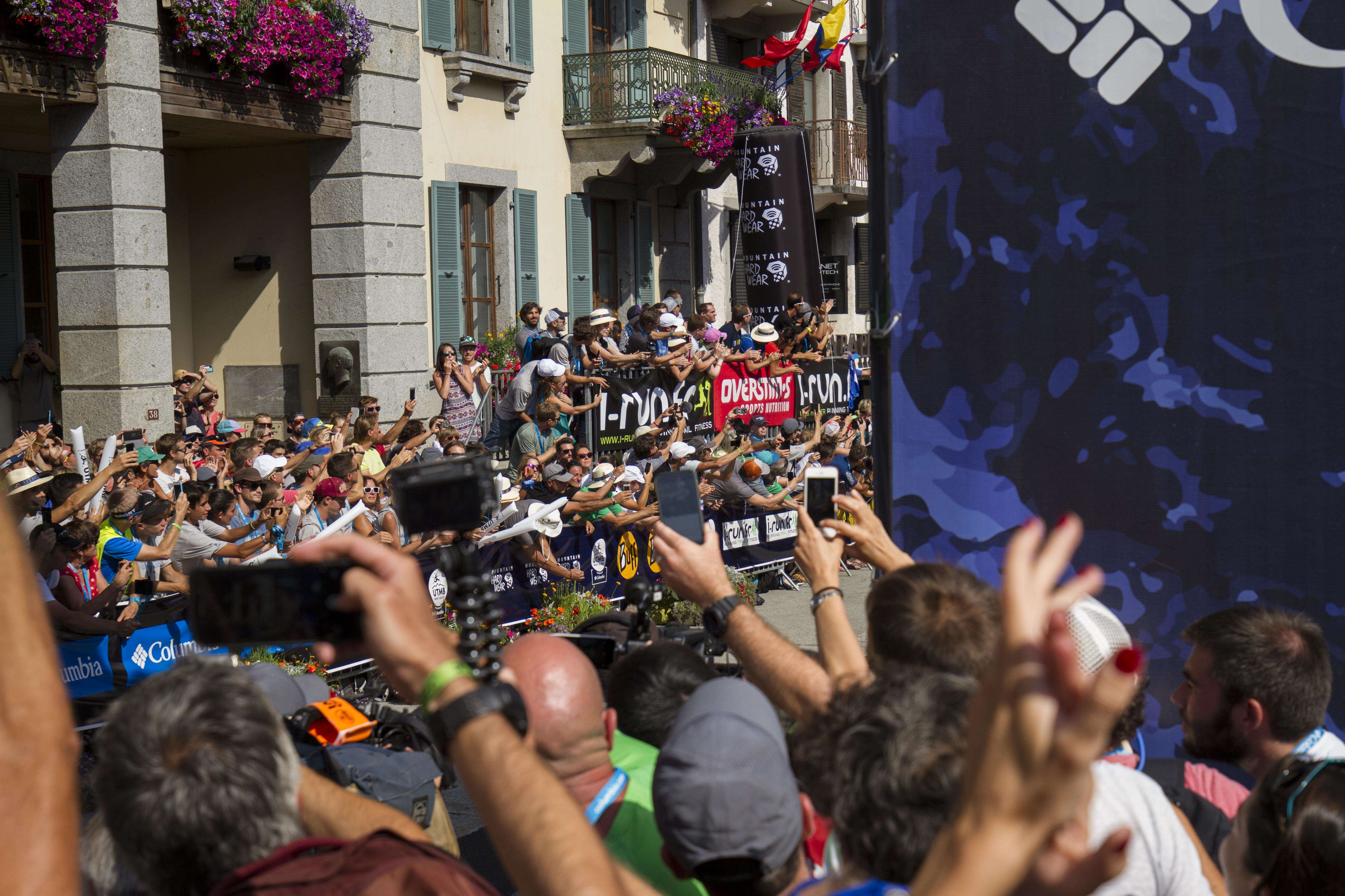 UTMB FINISH FIGHTING FOR SHOTS. Photos by James Mackeddie