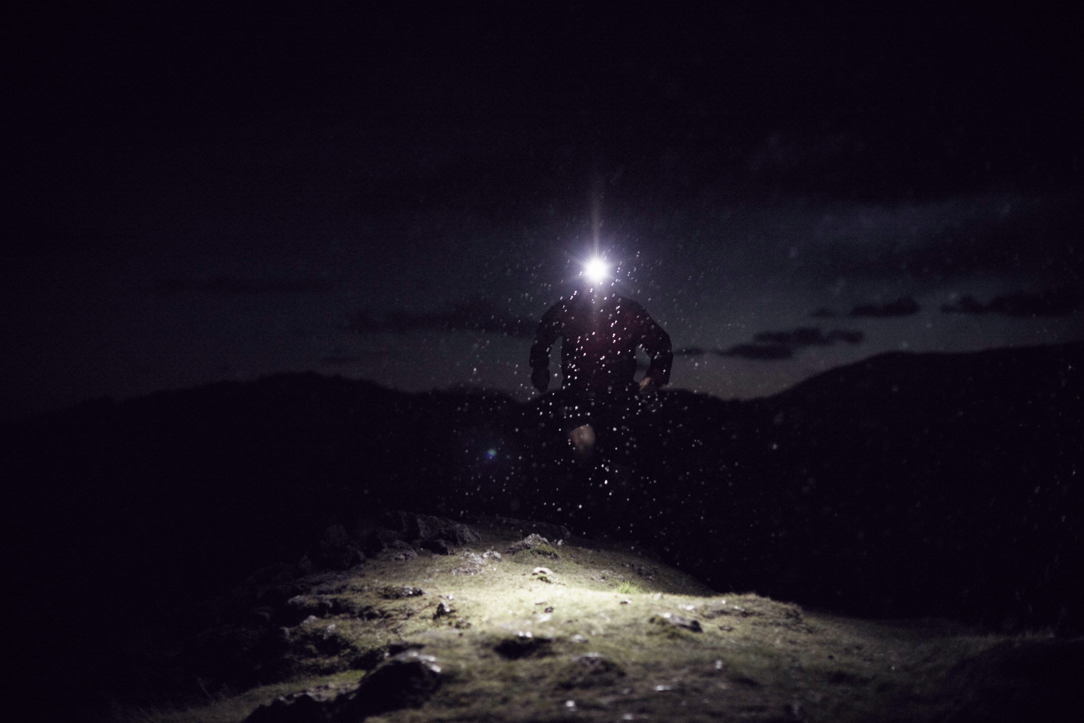 inov-8-blog-running-in-the-dark-3